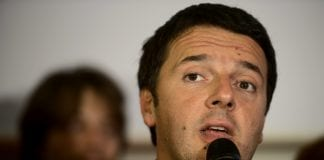 Bersani e Renzi (foto) si sfidano per le primarie anche su temi sportivi