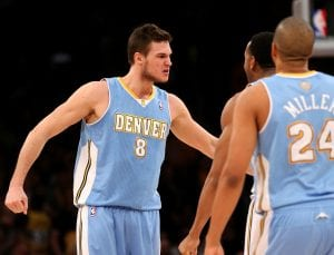 La grinta di Gallinari dopo la tripla decisiva contro i Lakers | ©Stephen Dunn/Getty Images