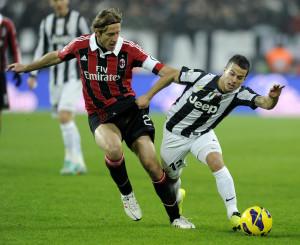 Massimo Ambrosini durante il match contro la Juventus | ©Claudio Villa/Getty Images