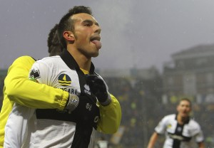 Parma-Juventus 1-1, Sansone risponde a Pirlo | © Marco Luzzani/Getty Images