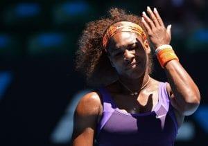 Serena Williams saluta gli Australian Open | ©WILLIAM WEST/Getty Images