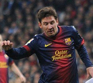 Lionel Messi ha offerto l'assist a Fabregas ma non è bastato al Barça per vincere | © Denis Doyle/Stringer / Getty Images