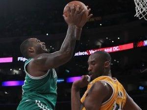 Boston-Lakers di un anno fa | ©Jeff Gross/Getty Images