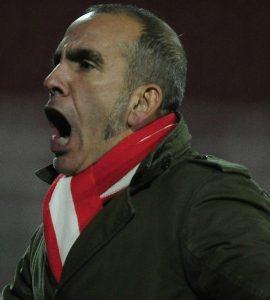 Paolo Di Canio si dimette dallo Swindon   © Jamie McDonald Getty Images Sport