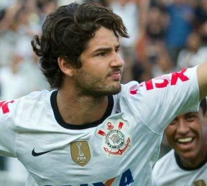 Pato: gol all'esordio con il Corinthians   © AFP/Stringer / Getty Images