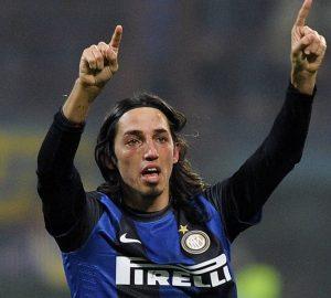 Schelotto al suo primo gol con la maglia dell'Inter | ©Claudio Villa/Getty Images