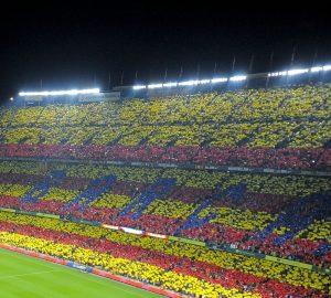Il tifo del Camp Nou: sarà questo un ulteriore problema per il Milan | © David Ramos/Stringer / Getty Images