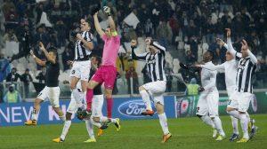 Juventus festeggia copy; AFP/Getty Images