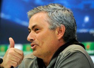 Josè Mourinho spera nella remuntada contro il Dortmund   © DOMINIQUE FAGET / Getty Images