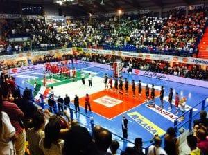 Squadre in campo per la Supercoppa di volley | Foto Twitter